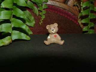 1992 TEDDY BEAR   Hallmark Valentine Merry Miniature