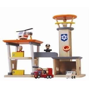 Plan Toys Rescue Set 90