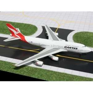 Gemini Jets Qantas B747 400 Model Airplane: Everything