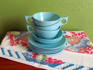 Vintage Aqua Turquoise Blue Melmac / Melamine Plastic Cups Bowls