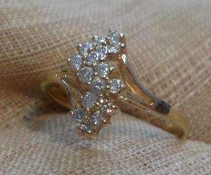 10k yellow gold diamond cluster squiggle ring size 5 1/2