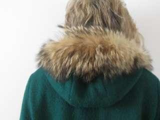 INUVIK VTG INDIAN ESKIMO ARCTIC PARKA COYOTE FUR HOODED GREEN WOOL