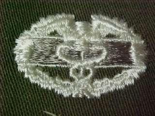 US ARMY COMBAT MEDIC BADGE VIETNAM WAR ORIG. 4 SATEENS  GREAT