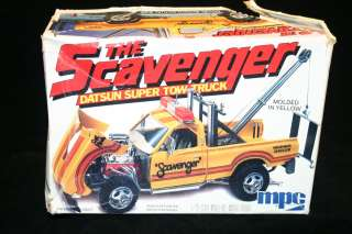 MPC The Scavenger Datsun Super Tow Truck 1/25 Scale Model Kit