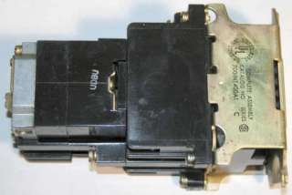 Allen Bradley CONTACTOR / RELAY Pneumatic Time Delay 110/120V 700