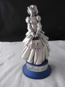 Avon 1991 Distict Award Sales Figurine Statue Award