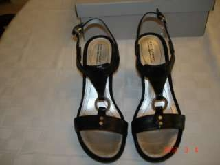 NEW Womens Rockport Black Dress Wedge Sandals size 7.5M