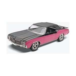 25 72 Olds Custom Cutlass Supreme Plastic Model Kit: Toys & Games
