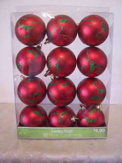 12 PLASTIC RED GREEN CHRISTMAS ORNAMENT DECORATION TREE