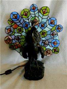 TIFFANY STYLE STAINED GLASS PEACOCK BIRD BEAUTIFUL COLORS BRONZE LIGHT