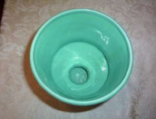 VTG ORIGINALS USA WHITE & TEAL POTTERY VASE PLANTER