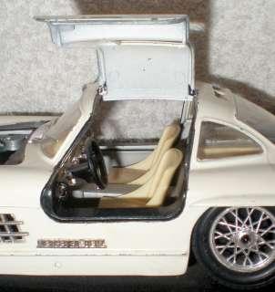 Vintage Model Cars Mercedes Benz 300SL 1954 Burago Metal White Kit