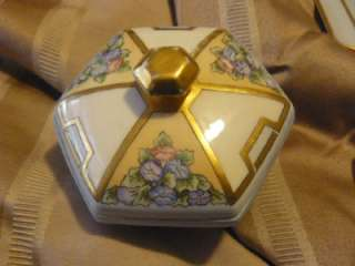 DRESSER SET FRENCH LIMOGE TRAY,HAIR SAVER,POWDER BOX, PIN TRAY