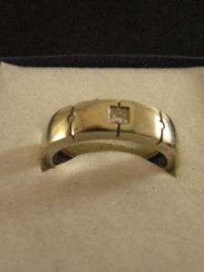 14K Solid White Gold Ring w/ 3 small diamonds