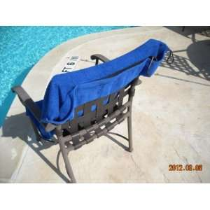 NEW ITEM   Blue Pool Chair Towel With Pockets for Cell Phone & More