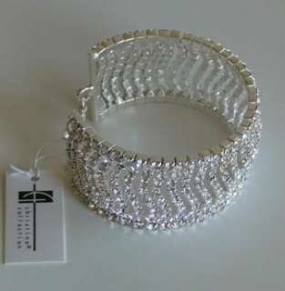 NEW WOMEN SILVER TONE CLEAR CRYSTAL WAVY CUFF WEDDING FASHION BRACELET