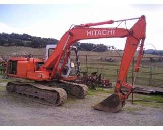 Escavatore usato HITACHI EX 100 a Pisa    Annunci