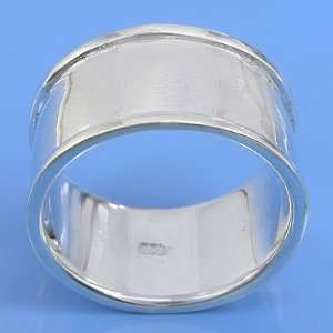 5.47 grams 925 sterling Silver Plain Wide Band Ring size 8