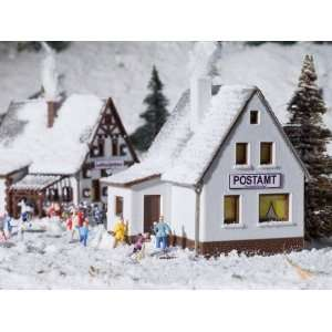 VILLAGE   VOLLMER N SCALE MODEL TRAIN BUILDINGS 7615 Toys & Games