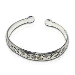 Womens Silver Flower Pattern Bangle / Bracelet / Metal