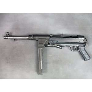 German WWII MP 40 New Made Display Gun  All Metal Everything Else