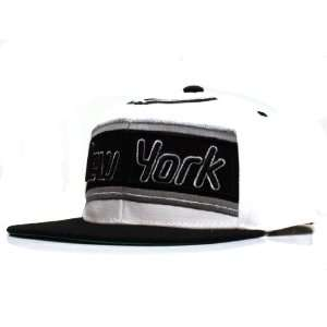 City Hunter Cf1580 Baseball Jersey Snapback Cap  New York (White/black