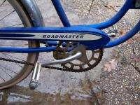 Vintage AMF Roadmaster Skyrider womens cruiser bike blue bicycle